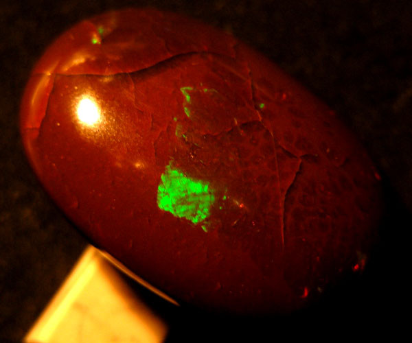 LARGE VOLCANIC BROWN OPAL 62.65CTS 0760