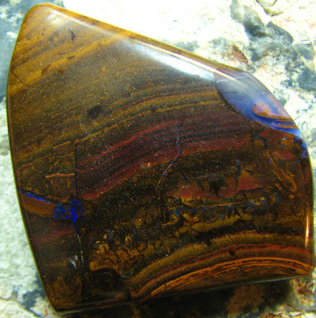 LARGE GREAT SHAPE BOULDER OPAL DRILLED FOR PENDANT USE 86CT A6783
