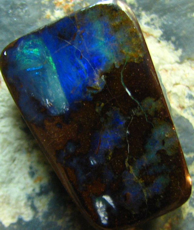 BARGIN BOULDER OPAL HIGH POLISH STONE 24.35 CT A6904