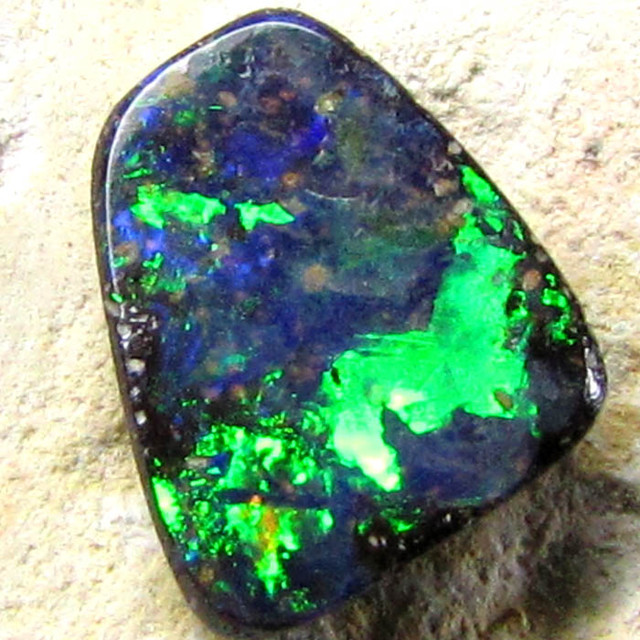 BOULDER OPAL NATURAL BLUE GREEN 1.35CTS FREE SHIPPING C683