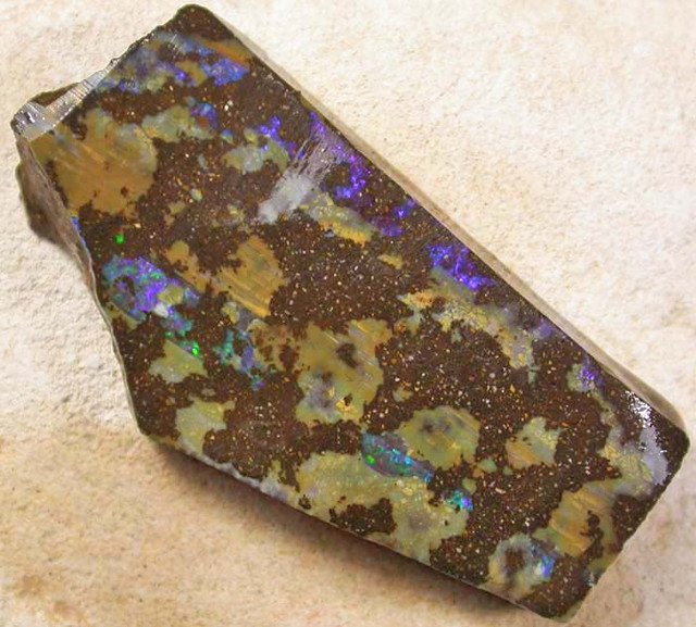 BOULDER ROUGH-QUILPIE  43.05  CTS [BY2156]