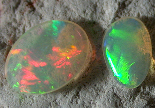 QUALITY ETHIOPIAN WELO OPAL.  0.94  cts