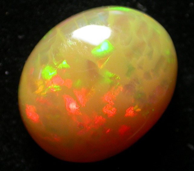 BRIGHT HONEYCOMB  WELO  OPAL     -ETHIOPIA 4.64CTS [VS5348 ]
