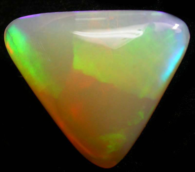 BRIGHT WELO  OPAL     -ETHIOPIA  5.80 CTS [VS5361]