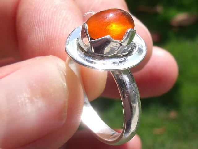 Sz 6.25 Modern Desing Mexico Silver Chery Opal Ring