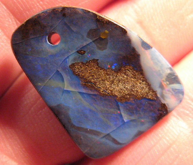 DRILLED HIGH POLISH BOULDER OPAL,27.90.CTS.FROM CO