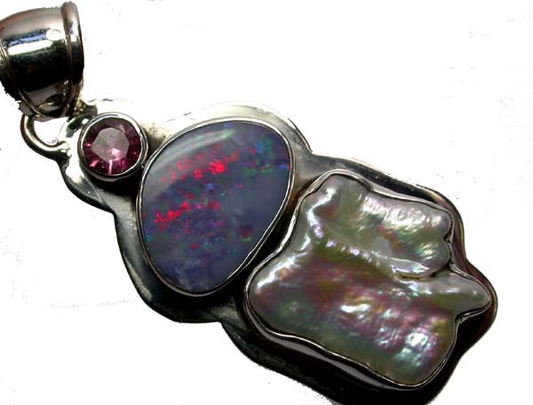OPAL PENDANT-DIRECT FROM FACTORY  -SILVER 50.60CTS [SOJ209 ]