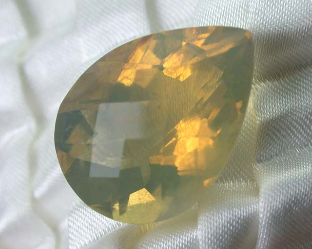 LIGHTNING RIDGE FACETED OPAL CRYSTAL #LF17/129
