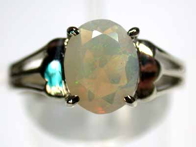 FACETED OPAL GOLD RING 18K SIZE 6 G272