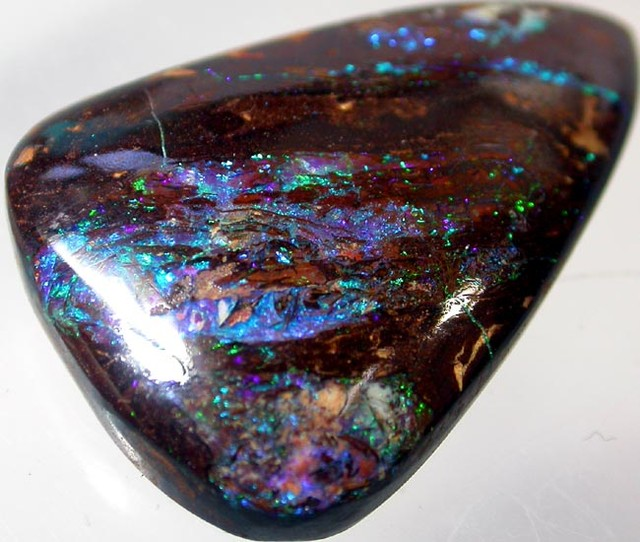 Amazing Pattern Wood Fossil in Koroit Opal  30.4 CTS [CP128]