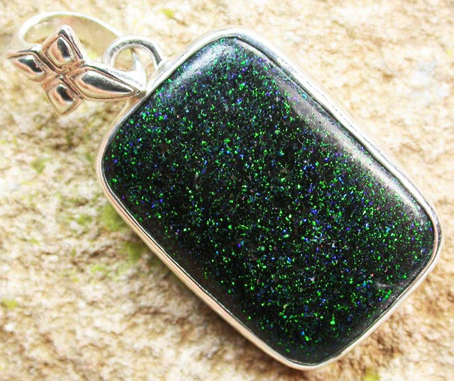 FAIRY OPAL PENDANT -DIRECT FROM FACTORY 23.50  CTS [SOJ443]