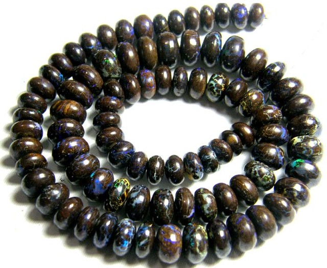 GEM BOUDLER 86pc BEADS FIERY COLOURS DRILLED  215 CTS UD-2