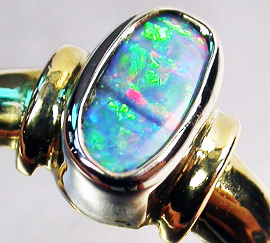 BOULDER OPAL RING SIZE 6.25   18 K WHITE/YELLOW GOLD   CK235