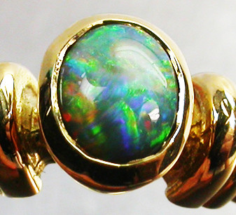 FREE SHIPPING BLACK OPAL RING SIZE 6   18 K  GOLD   CK 283
