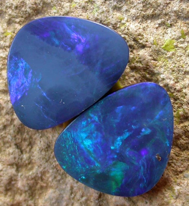 6.30 cts Opal Doublet Pair (R1119)