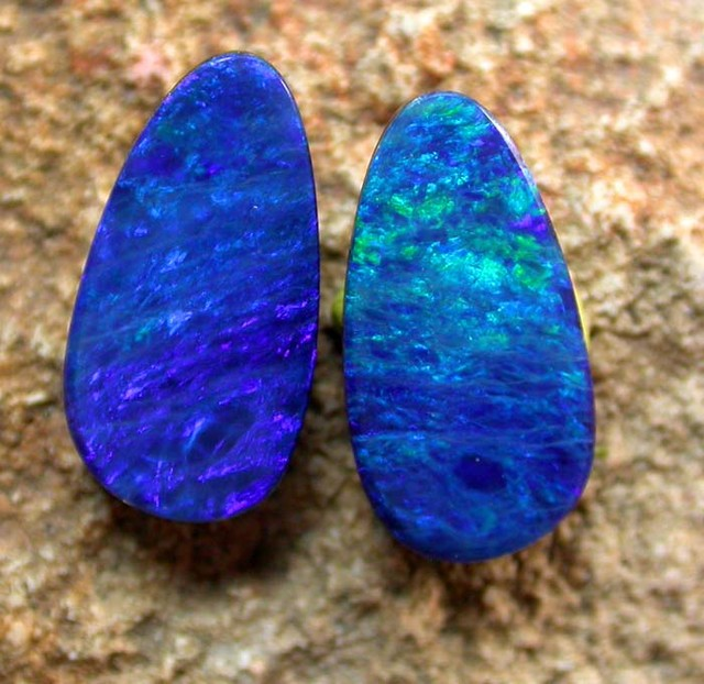 2.90 cts Opal Doublet Pair (R1402)