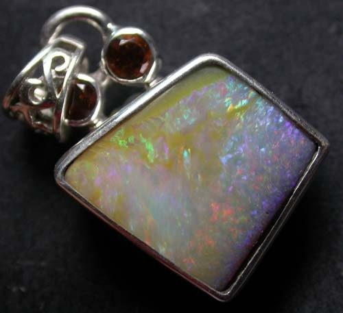 17.50 CTS BOULDER OPAL+ GARNET-FACTORY DIRECT [SOJ905]