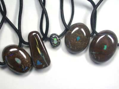 OPAL BOULDER NECKLACE PARCEL of 5 L2751