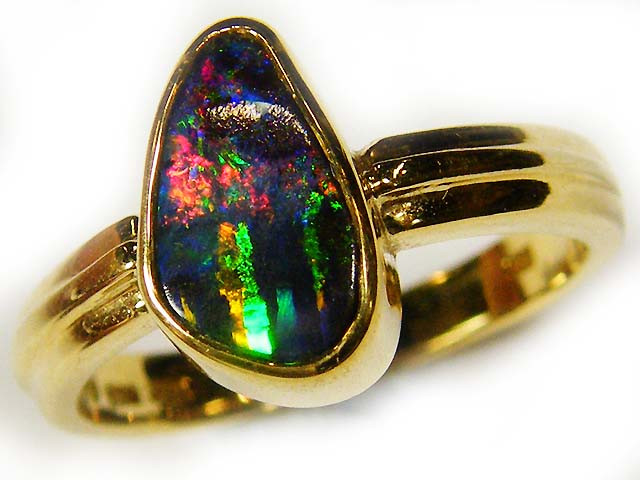 BRIGHT BOULDER OPAL RING SIZE 6 SCO613