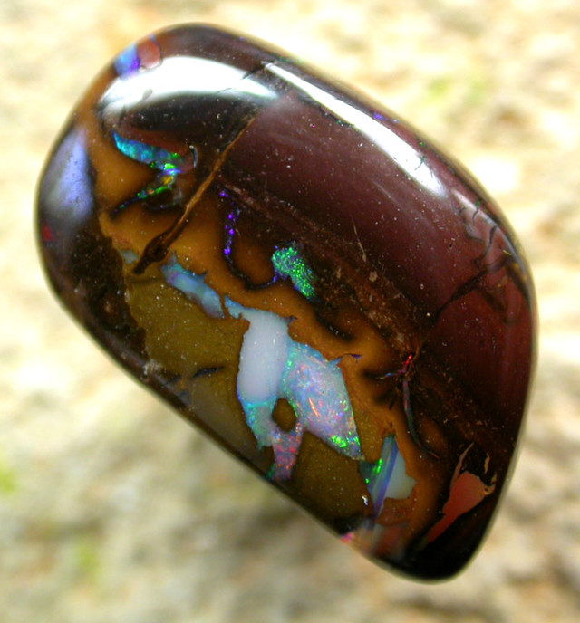 9.37 CTS BEAUTIFUL PATTERNED YOWAH STONE [AUY22 ]