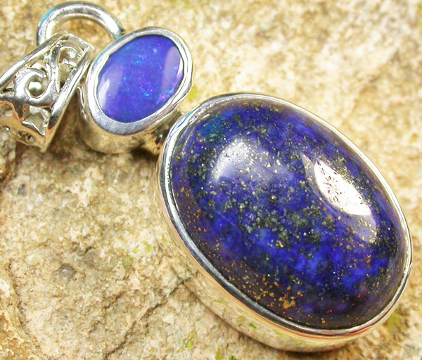 20.50 CTS DOUBLET AND LAPIS PENDANT -FACTORY DIRECT[SOJ961]