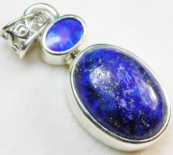 19.50 CTS DOUBLET AND LAPIS PENDANT -FACTORY DIRECT [SOJ962]
