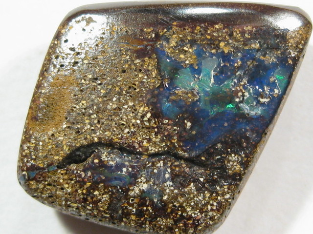 Direct from the opal Miners - Direct from the Australian OutBack.
