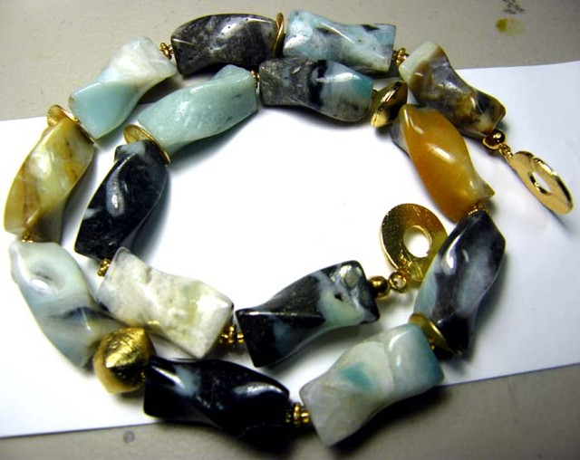 506 CTS  PERU OPAL BEADS TWIST CUT DRILLED necklace  OF-1654