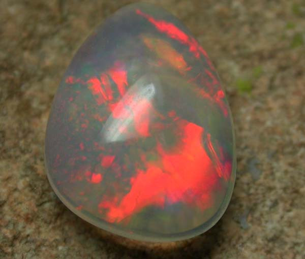1.60 CTS BRIGHT SATURATED WELO OPAL -ETHIOPIA  [VS5632 ]