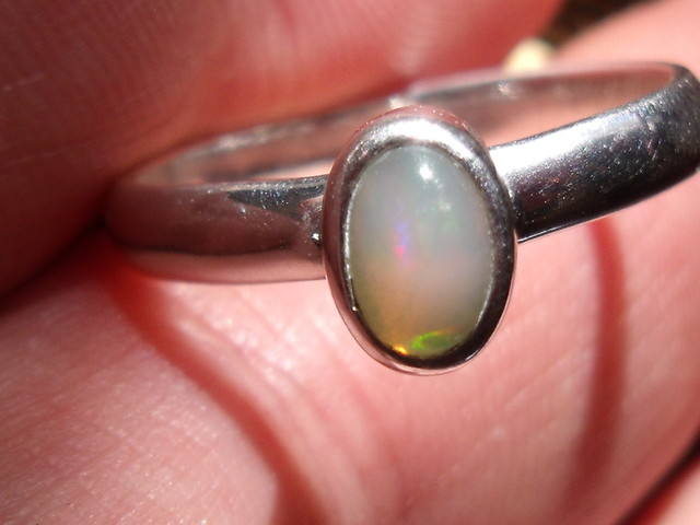 OPAL GEMSTONE SILVER FASHION RING SIZE 9.5