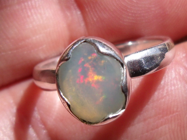 OPAL GEMSTONE SILVER FASHION RING SIZE 7.25