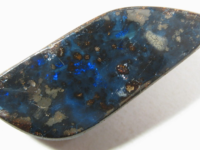YowahOpals*14.00Cts-DRILLED-Australian Wholesale Prices.
