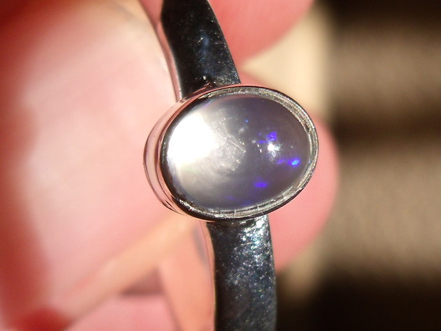 NATURAL OPAL GEM SILVER RING SIZE 8.75