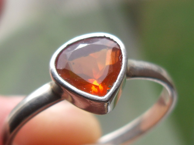 CHERRY OPAL GEMSTONE SILVER FASHION RING SIZE 8.5