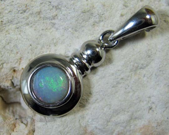SOLID OPAL 925 SILVER PENDANT SSP/31