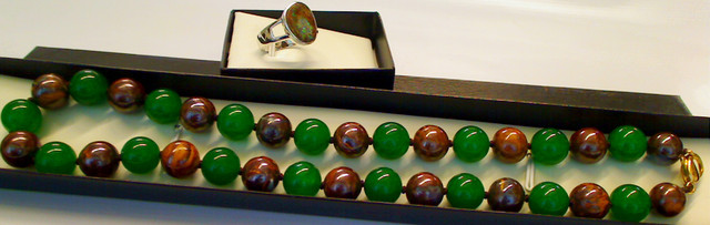 Beautiful set of Boulder Opal with Jade gems (ring, strand)
