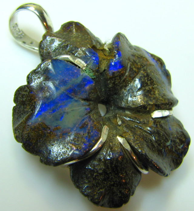 FLOWER BOULDER OPAL CARVING SILVER 925 PENDANT 49.55  CTS A9431