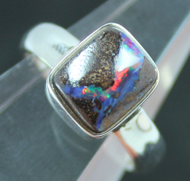 RED BOULDER OPAL STERLING SILVER STAMPED 925 RING SIZE USA7 A9473