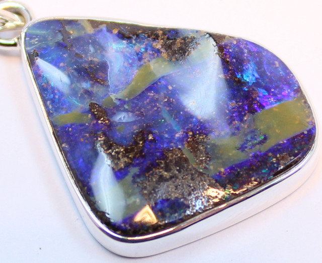 26.95 CTS BOULDER OPAL PENDANT STERLING SILVER 925 A9500