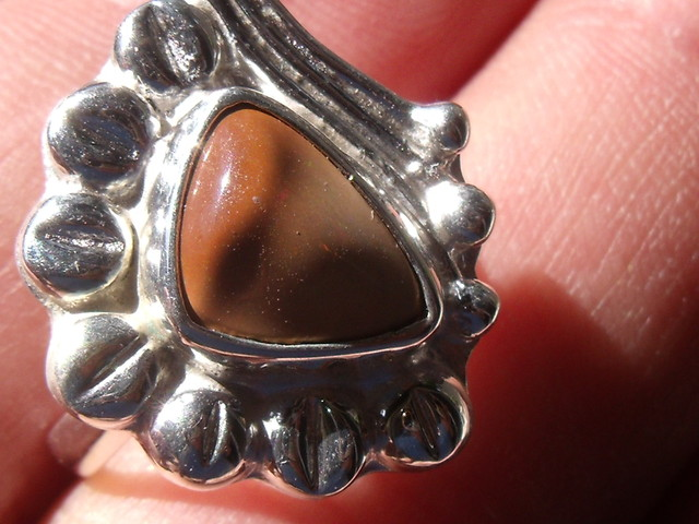 WELO OPAL GEM & SILVER FASHION RING Sz 6.5