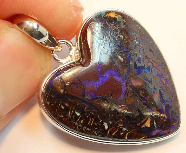 45.75 CTS BOULDER OPAL PENDANT STERLING SILVER 925 A9560