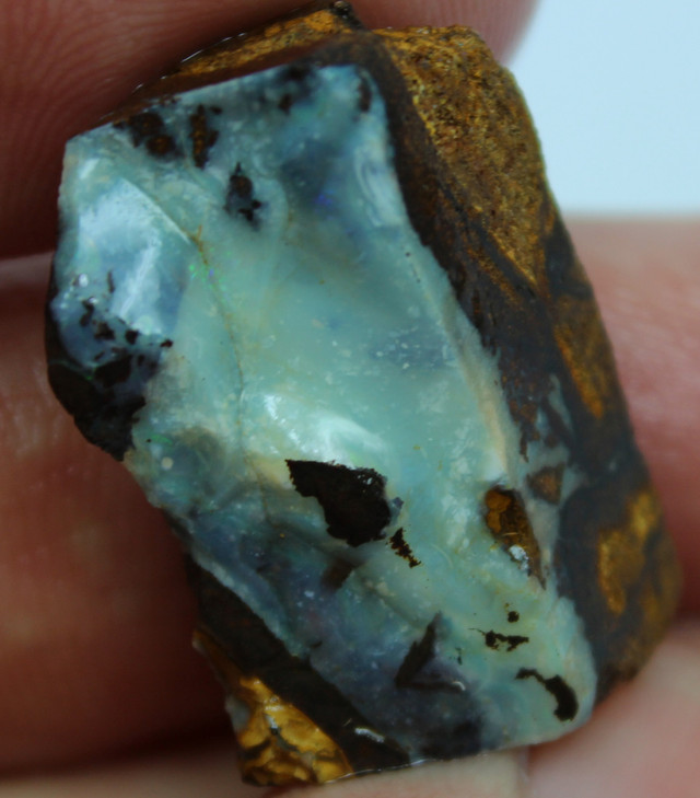 39.50 CTS FACED AND SHAPED BOULDER OPAL READY TO POLISH