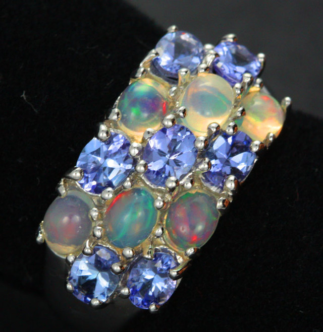 6 RING SIZE TANZANITE + ETHIOPIAN OPAL-STYLISH [SOJ1986]