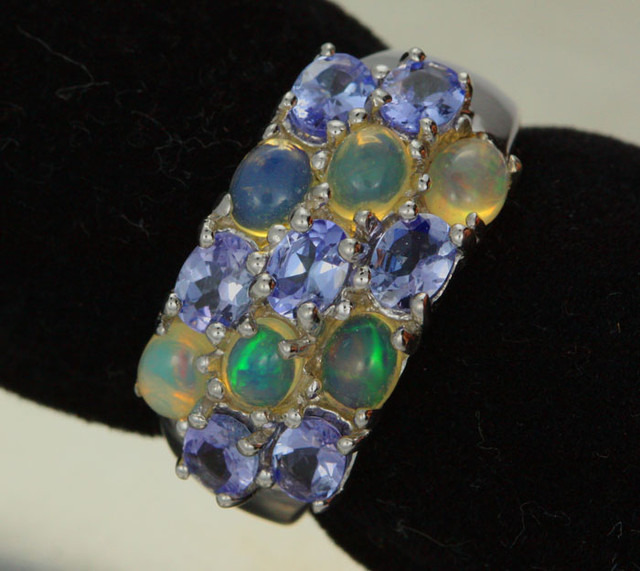 6 RING SIZE TANZANITE + ETHIOPIAN OPAL-STYLISH [SOJ1988]
