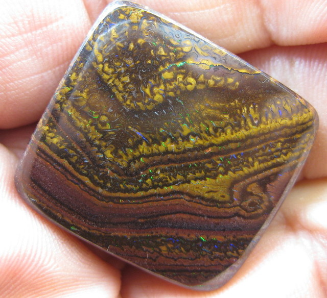 miner direct wholesale from colourmine opals.