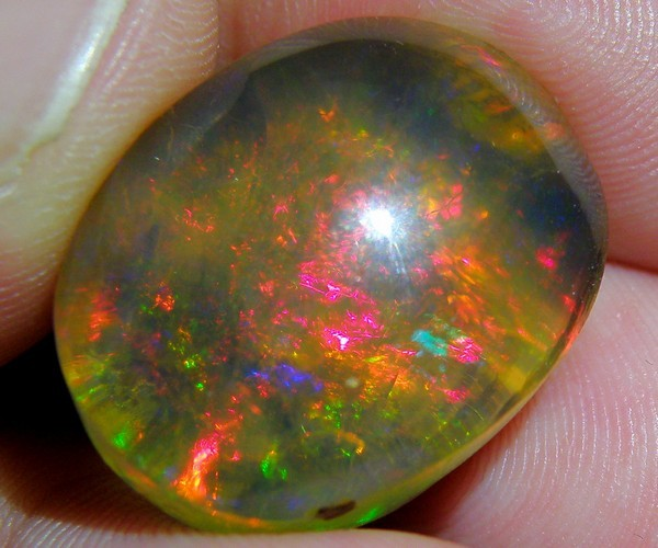27.75Cts Big Natural Multi Color Play Ethiopia OPAL ~ NR$1