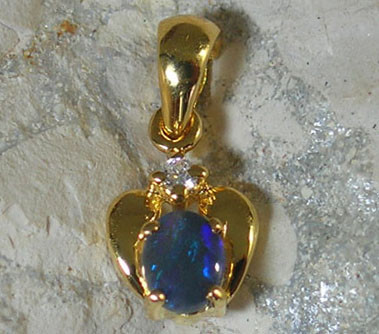SOLID OPAL 925 SILVER GOLD PLATED PENDANT SGJP 28