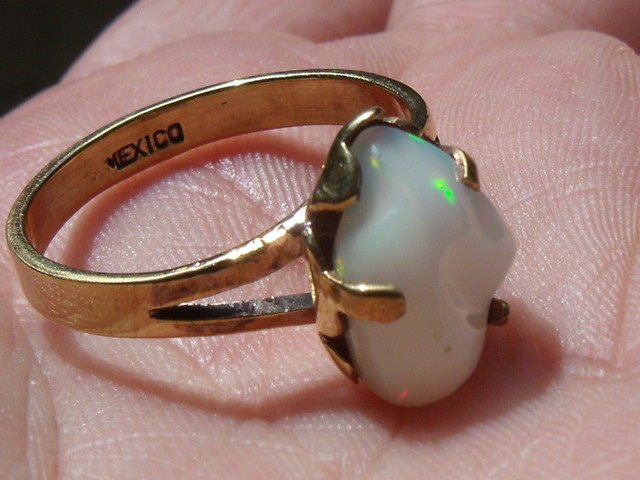 Welo Opal Gem & Gold Plated Ring SZ 9.75