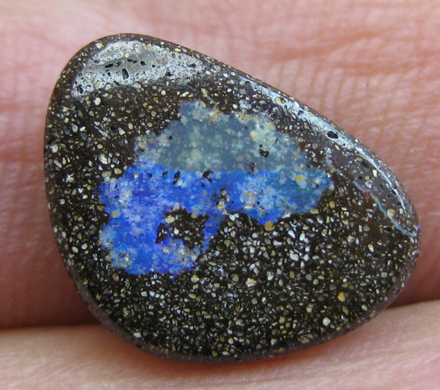 COLOURMINE OPALS~VALUE DRILLED LOVELY BOULDER OPAL, 5.65CTS.