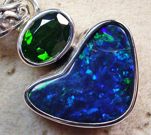 13 CS KORIOT OPAL-CHROME DIOPSIDE-FACTORY CIRECT [SOJ2134]